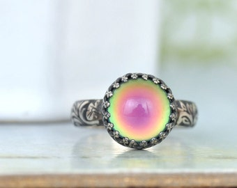 STERLING MOOD RING hand made floral band oxidized sterling silver ring with color changing mood stone glass cab