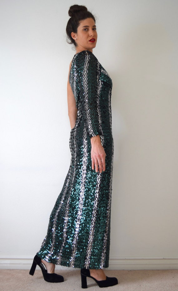small 90s Sequined Vintage medium size Shoulder Gown Evening One 04O6x1
