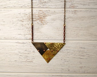 Triangles Repeating Necklace