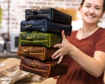 Heirloom Dopp Kit Bag GROOMSMEN GIFT Leather Toiletry Bag with Monogram Mens Toiletry Bag Leather Travel Custom Dopp Kit Lifetime Leather Co