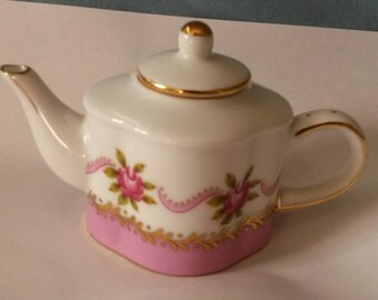 "Collectible little floral ""Nantucket"" Made in China teapot, collectible, teapot, tiny teapot, floral, roses, knick knack"