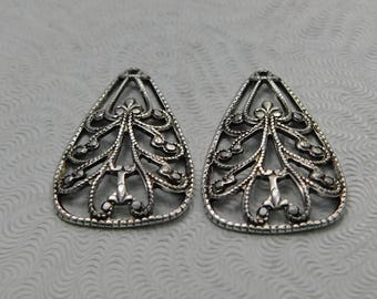 LuxeOrnaments Small Antiqued Sterling Silver Plated Brass Filigree Pendant (2 pc) 15x11mm S-9124-S