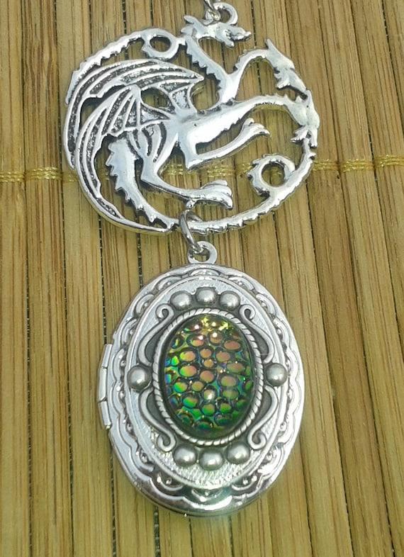 Dragon Dance Oval Locket Song Of Ice And Fire Fantasy. Spring Bracelet. Nail Bracelet. Bone Bracelet. Elven Bracelet. Acleoni Bracelet. Square Gimp Bracelet. Opal Bracelet. Floral Gold Bracelet