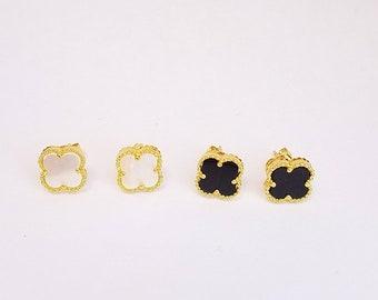 Quatrefoil Earrings Clover Earrings Small Stud Earrings GOLD Post Earrings Gift for Her Womens jewelry Gift for wife Four Leaf flower studs