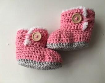 Crochet booties, Crochet baby booties, Pink booties, Baby girl booties, Baby shoes, Photo prop, Baby booties, Baby ugg boots, Baby clothes