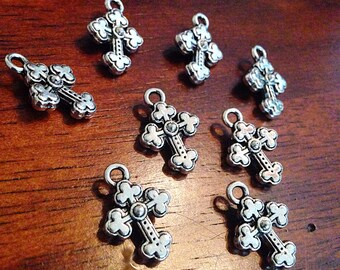Bulk 20 Silver Cross Charms, Antique Silver Charms, Cross Charms, Double Sided Cross Charms,Tiny Cross, Jewelry And Craft Supplies, Findings