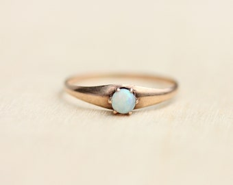 Victorian Opal Ring, Victorian Opal Ring, Gold Opal Ring, Gold Ring, Gold Solitaire Ring, Opal Ring, Victorian Gold Ring, Size 5.5