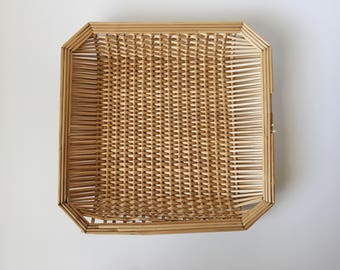 Vintage Bamboo Straw Woven Wicker Wall Basket Octagon