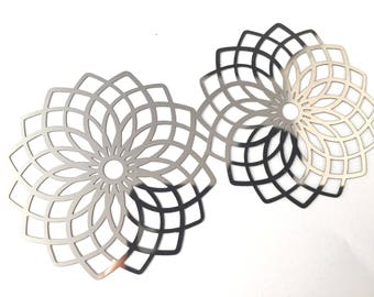 Great connectors rosette, floral filigree, stainless steel, 51mm, the pair