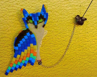 Cat and mouse brooch, Bordzhello