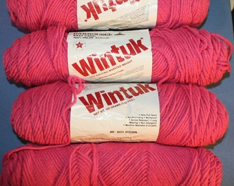 Lot 4 Skeins Wintuk 100% Orlon Acrylic 4 Ply Knitting Worsted Weight Yarn Dizzy Magenta Knit Crochet Craft