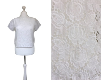 1950's Blouse - 50's Vintage Blouse - Trevira Blouse - White Blouse With Button Down Back