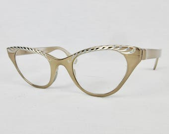 Vintage Cat Eye Plume Gold Tone Eye Glasses Tura, Inc.
