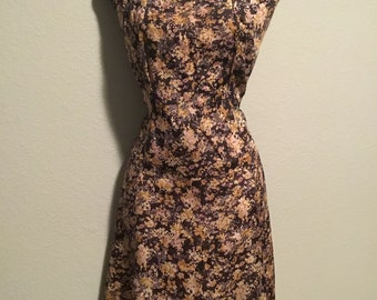 1950s floral sleeveless dress