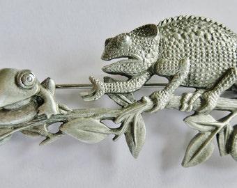 JJ Jonette Chameleon And Frog Chat On Tree Limb Brooch Pin
