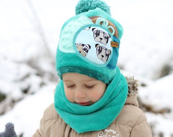 menthol coloured warm set (HAT & NECK WARMER) with dogs