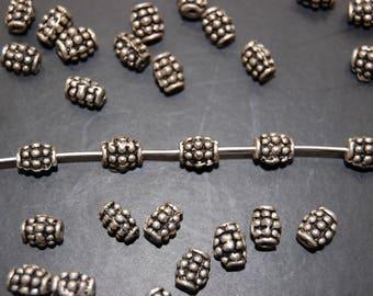10 metal silver barrel beads