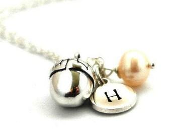 Personalized acorn Necklace - Woodland necklace - silver acorn Pendant - Acorn charm - Autumn necklace