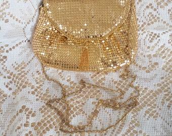 Vintage Gold Mesh Evening Purse w Chain Tassel Just Beautiful Gold purse mesh purse mesh evening bag glamorous evening purse vintage purse
