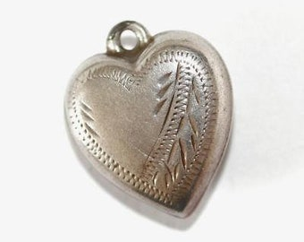 Vintage 1940s Puffy Heart Sterling Silver Bracelet Charm / Whip Stitch Design