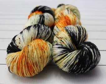 Preorder - Screw your pumpkin spice! - Hand Dyed Yarn