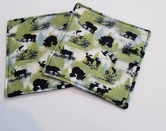 Wildlife potholders with green back.  Heat resistance lining