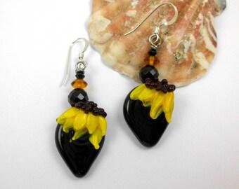 Floral earrings, Handmade lampwork earrings, ooak lampwork earrings, artisan dangle earrings, headpin earrings