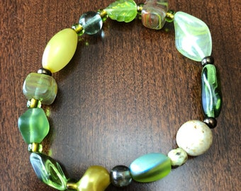 Grassy Green Beaded Bracelet