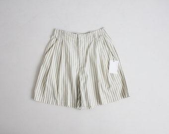 Short rayé sage | short à rayures | short taille haute