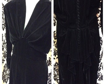 BALCK VELVET 1940s TEMPTRESS Max Kopp vintage Designer dress