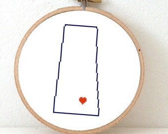 SASKATCHEWAN Map Cross Stitch Pattern. Saskatchewan ornament pattern with Regina. Canada wedding gift