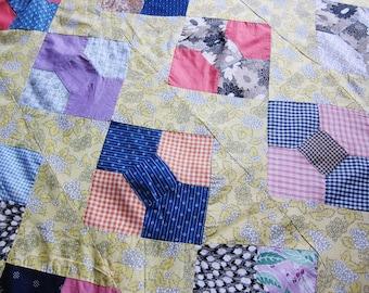 antique quilt top , 1920s patchwork, bow tie , unfinished quilt, best fabrics, unfinished patchwork, hand pieced