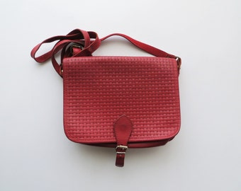 90s Red Basketweave Crossbody Genuine Leather Purse Made in Uruguay