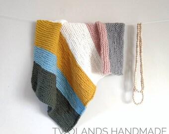 Knitted blanket, blanket for baby boy, blanket for baby girl, handmade blanket, colorful blanket, warm baby blanket