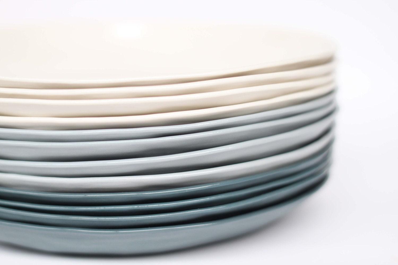 🔎zoom & organic entree plate porcelain milk colour