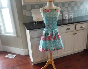 """Spring Poppies ~  """"Ellie Style""""   Women's Apron""""   4RetroSisters"""