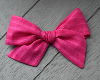Hot pink stripe bow