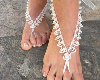 Pearls Barefoot sandals..ivory lace wedding barefoot .beach wedding accessories bridesmaid gift.. bride lace anklets