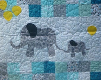 Elephant Blanket - Mother and Baby Elephant Quilt with Balloons