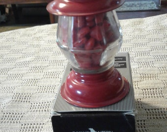 Avon's GALLERY ORIGINALS Red Lantern