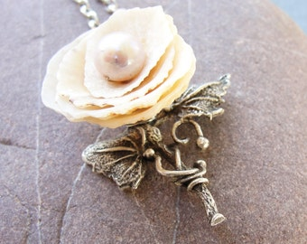 Romantic Shell and Pearl Rose Necklace, Seashell Necklace, Beach Jewelry, Sea Treasure Collection