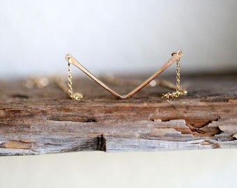 Chevron Necklace , Dainty Gold V Layering Necklace , Rose Gold Chevron , Sterling Silver , Hammered Arrow , Minimalist Fashion