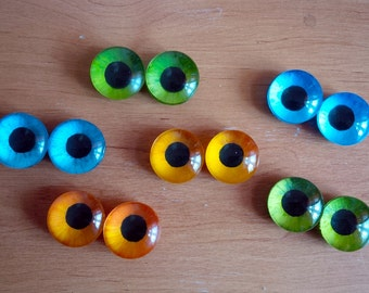 Custom hand painted eyes - follow me effect
