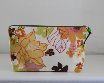 Retro Floral Wide Padded Zipper Pouch Gadget Case Cosmetics Bag - READY TO SHIP