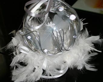 Ball holder feathers beads silver and white