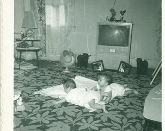 1957 Twin Babies on Floor MCM Living Room TV Set Carpet Fan 50s Vintage Photograph Black White Photo