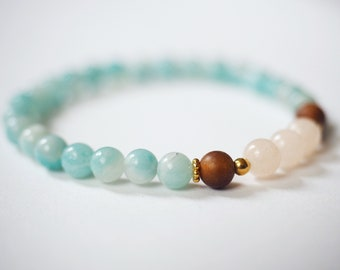 Amazonite and peach quartz mala bracelet with gold vermeil beads. Elegant yoga jewelry.
