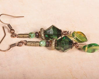 Leafy green beaded earrings