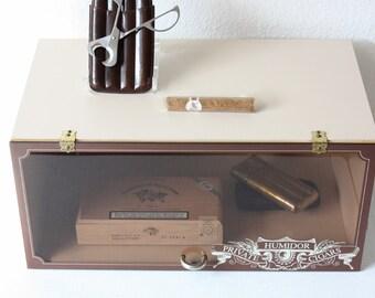 Vintage humidor / cigar storage / smoking accessory / utensil / gift for him / enjoyment smoking / brown