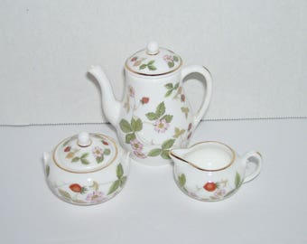 Vintage Wedgwood Wild Strawberry Miniature Coffee Pot Sugar Creamer Set